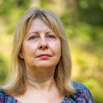 kuvassa Ylva Krokfors